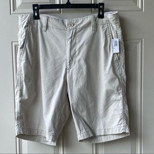 Old Navy men's kaki shorts size 34